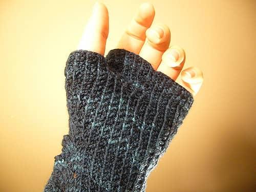 Måla, akrylfärg handskar
