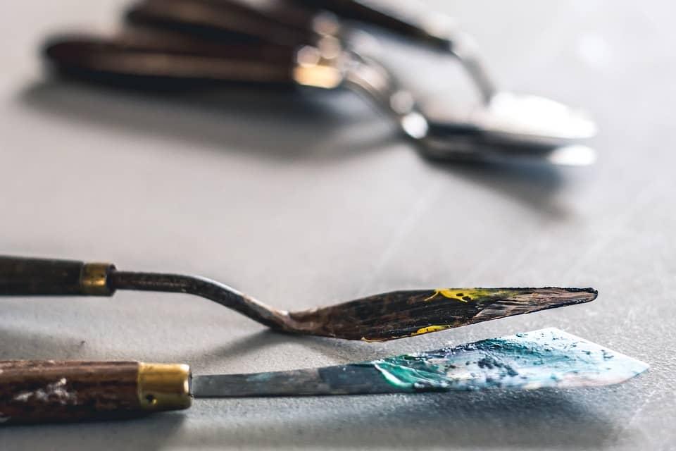 Måla, akrylfärg palettkniv